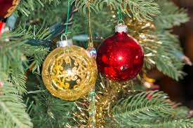 file christmas ornaments on an artificial tree 2014 12 31 02 jpg