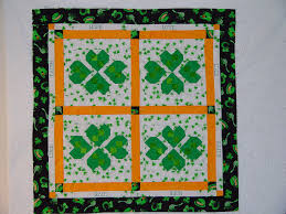 moonlight quilts free halloween quilt pattern candy corn