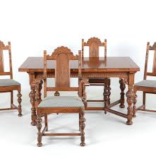 Oak Dining Table And Chairs 1920s English Renaissance Revival Oak Dining Table And Chairs Ebth