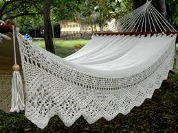 white queen hammock double hammock in natural white color with