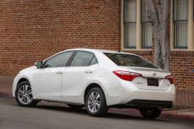 2014 toyota corolla reviews and rating motor trend