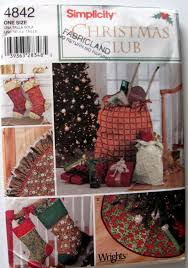 simplicity 4842 christmas tree skirt pattern christmas stockings