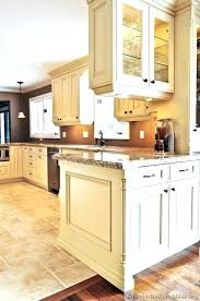 best off white paint color for kitchen cabinets best paint color for antique white cabinets best off white color for