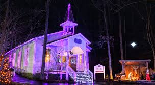 dollywood christmas lights 2017 bring the family to the one and only smoky mountain christmas at