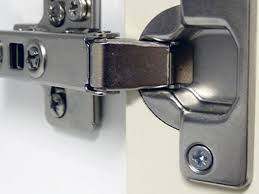 kitchen cabinet door hinges how to adjust kitchen cabinet door
