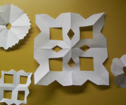 and easy paper snowflakes 7 steps