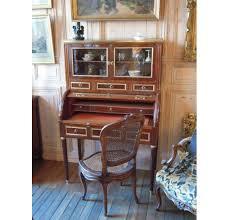 bureau acajou bureau cylindre en acajou avec une vitrine époque louis xvi