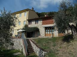 4 Bedroom Farmhouses And Country Villas For Sale San Concordio Di Moriano 18001 Country House Farm House In San