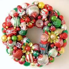 vintage ornaments wreath santas by giddyuppony