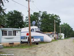mobile home plane pictures freaking news