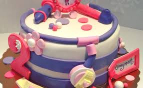 dr mcstuffin cake doc mcstuffins cake emoticakes