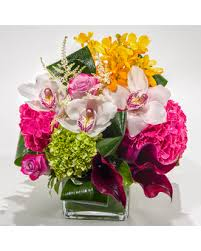 Traditional Flower Arrangement - exclusive traditional nyc flower arrangements by starbright nyc