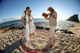 wedding flowers hawaii hawaiian weddings hawaiian barefoot weddings