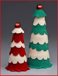 tinsel tuesdays diy scalloped felt christmas cones crafts u0027n coffee