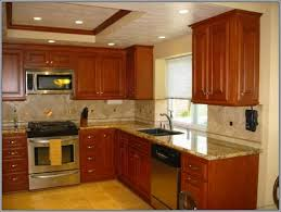 What Color Kitchen Cabinets Go With White Appliances Kitchen Kitchen Paint Colors With Oak Cabinets And White