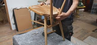 Fix Scratches In Wood Furniture by 10 Diy Ways To Repair Nicks U0026 Scratches On Wooden Furniture The