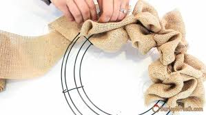 how to make a burlap wreath tutorial
