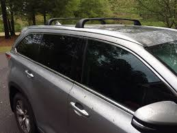 toyota highlander 2015 installing the roof rack crossbars on our toyota highlander