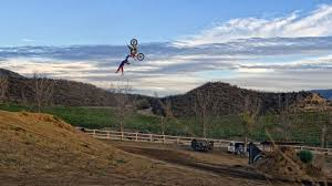 freestyle motocross videos james carter works his way back in fmx targets big year in 2014
