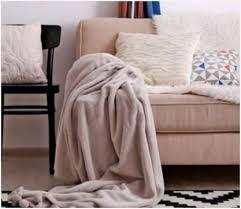 comment nettoyer un canapé en tissu noir comment nettoyer canapé simili cuir noir dessins attrayants ment