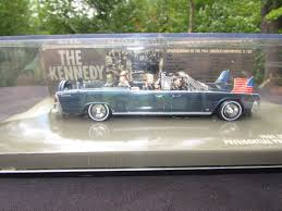 john f kennedy presidential parade x 100 1961 lincoln continental
