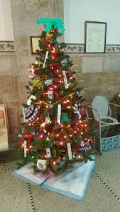 public health participates in courthouse christmas tree project
