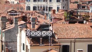 camini veneziani venezia vista dall alto venice style