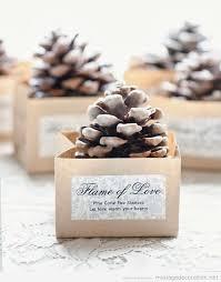 id e cadeau mariage un cadeau de remerciement pour vos invités une pomme de pin