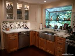 Backsplashes In Kitchens How To Pick Backsplash Kitchen Design Tips Cabinets Com
