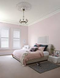 the colour antique white usa is commonly used to create a warm