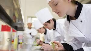 chef cuisine femme l accord femme et chef encore en cuisine bien dans