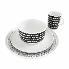 marimekko black white 16pc dinnerware set marimekko kitchen