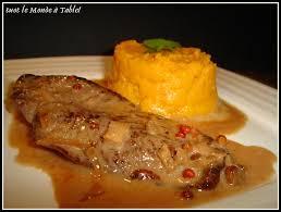 cuisiner magret de canard a la poele filet de canard sauce aux baies roses et sa purée de patate douce