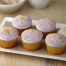 gold leaf motif cupcakes wilton