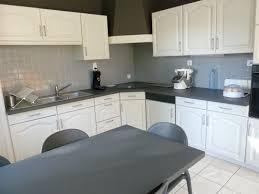 peindre meubles de cuisine repeindre meubles cuisine lovely peindre un meuble de cuisine en