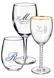 customized wedding favors custom wedding glassware wine glass wedding favors