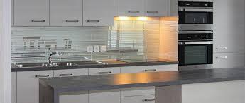 credence cuisine miroir carrelage credence cuisine design