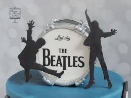 beatles cake toppers 89 best yellow submarine party images on beatles cake