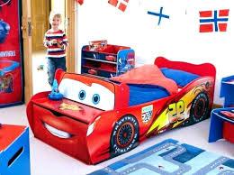 chambre voiture garcon lit en voiture pour garcon worldofwarcraft site