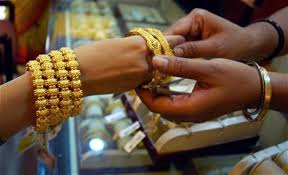 government rolls back 1 percent tax on purchase of gold jewellery