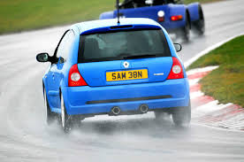 renault clio v6 modified life with a used renault clio renaultsport 182 u2013 part 1 autocar
