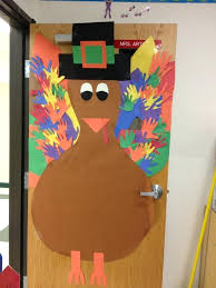 cozy thanksgiving door decoration ideas collection preschool door
