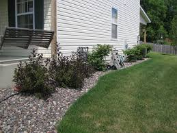 Backyard Gravel Ideas - decorative gravel landscaping how to install gravel landscaping
