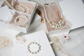 bridal gift 4 bridal gift inspirations for your bridesmaid and groomsmen