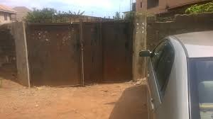 for sale a bungalow containing 3 bedroom u0026 2 bedroom flats with
