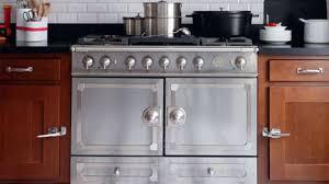 piano en cuisine fourneau de cuisine piano de cuisson côté maison