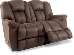 lazy boy maverick sofa la z boy maverick reclining sofa town country furniture