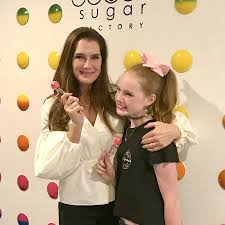Brook Shields Brooke Shields Celebrates Daughter U0027s Birthday In Nyc Sugar Factory