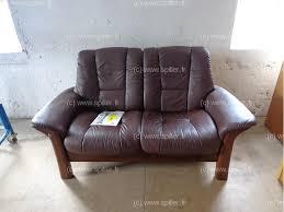 type de canapé canape 2 places cuir brun type stressless votre spécialiste