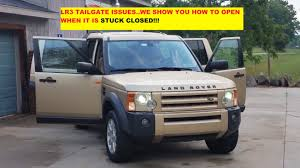 lifted land rover lr3 lr3 land rover tail gate wont open i show you how to open when it